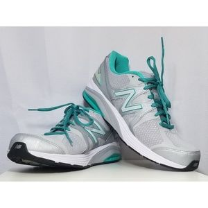 New Balance Rollbar Running Shoe